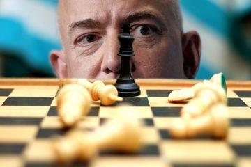 2017-12_bezos-chess